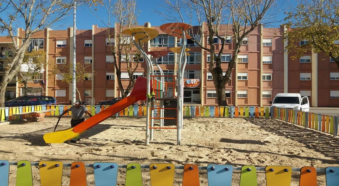 Urbanização do Caião ganha novo Parque Infantil.